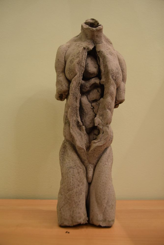 Schrammel Imre és kerámiái a Vitalitas Galériában