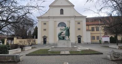 Szombathely, Szent Márton tér
