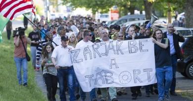 Illegális bevándorlás - A Jobbik tüntetése a körmendi migr
