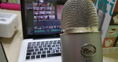 Rádió, laptop, mikrofon