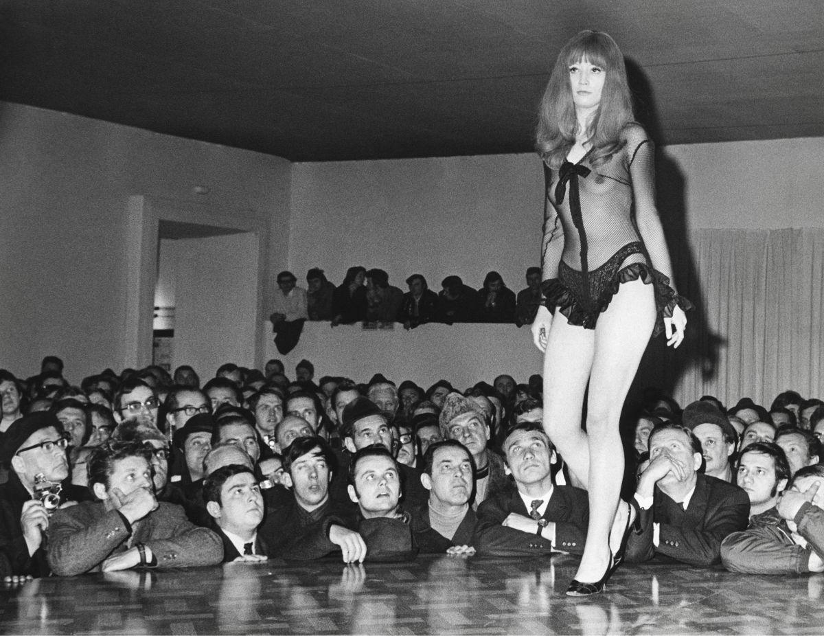 """Die """"Sexpo 1971""""  im Wiener Künstlerhaus. 8. Marz 1971. © Imagno/Votava"""