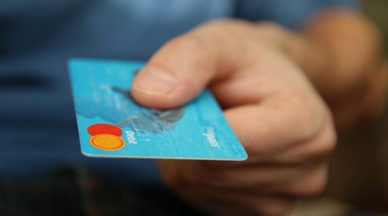 Pénz, bankkártya